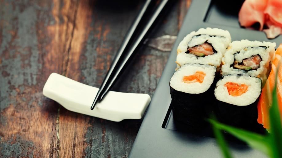 Mifune Leipzig: Sushi, Sashimi und Co. wird hier auf Wunsch direkt am Tisch zubereitet.