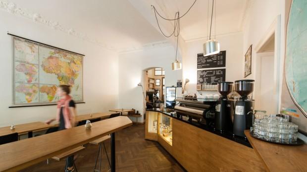 Innenaufnahme des Cafés Five Elephant in Berlin